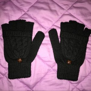 Accessories - NWOT Cable Knit Black Fingerless Mittens